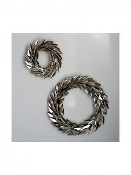 holiday metal laurel wreath goldleaf grouping